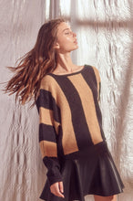 Load image into Gallery viewer, Striped Crop Sweater