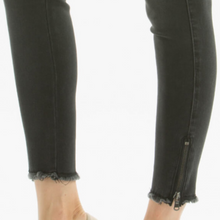 Load image into Gallery viewer, Black Ankle Zipper Skinny Jean