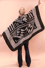 Load image into Gallery viewer, Aztec Poncho