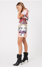 Load image into Gallery viewer, MinkPink Set The Scene Dress