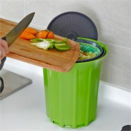 BREEZE™ Compost Collector