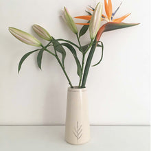 Load image into Gallery viewer, Deodar Flower Vase