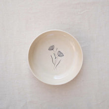 Load image into Gallery viewer, Poppy Pasta Bowl
