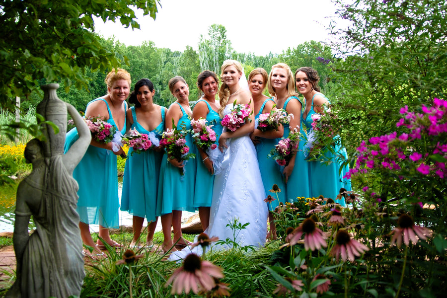 Bridesmaids Guide: How To Host a Memorable Bridal Shower