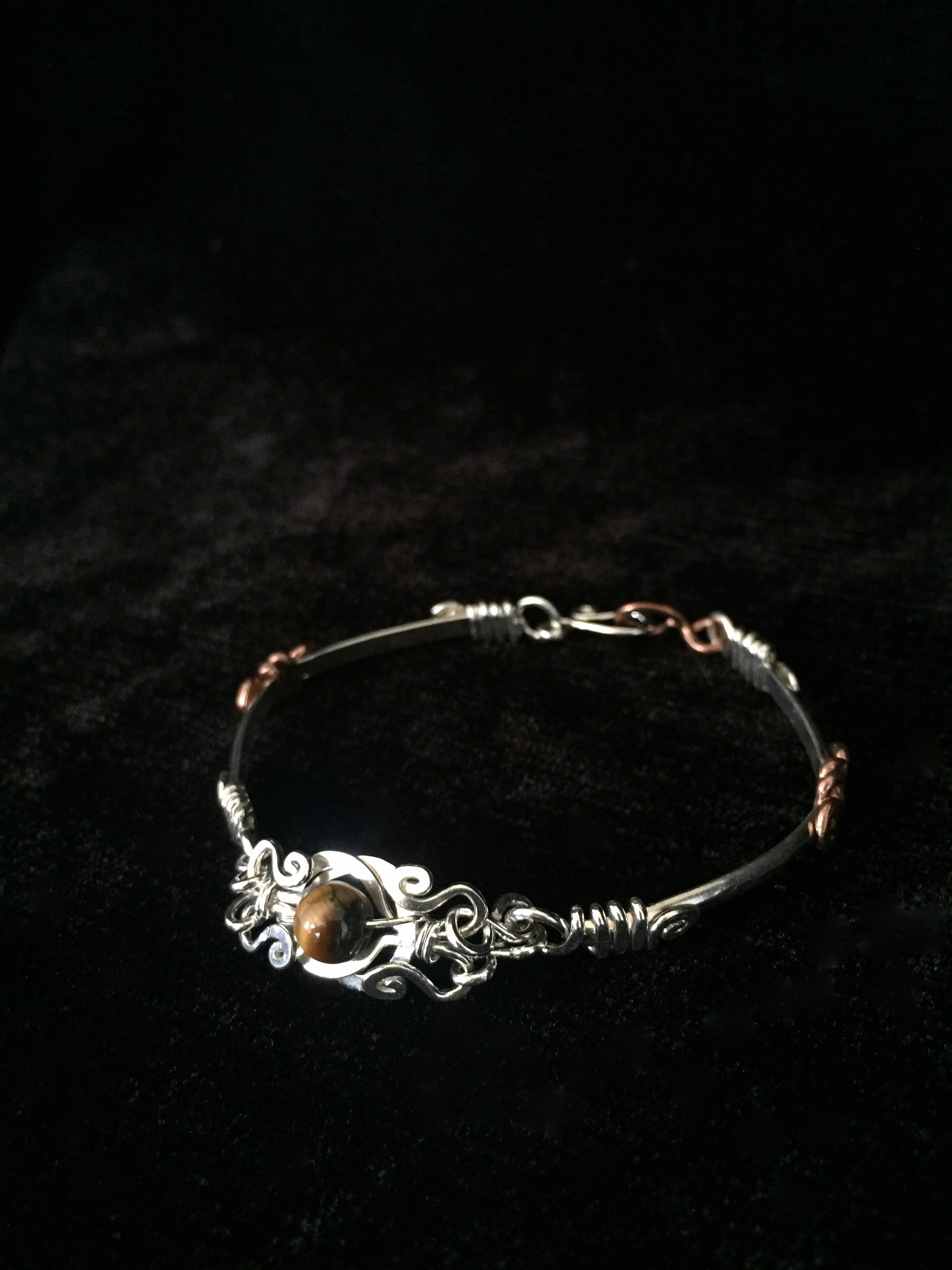 Knot of Love Tiger Eye Bracelet