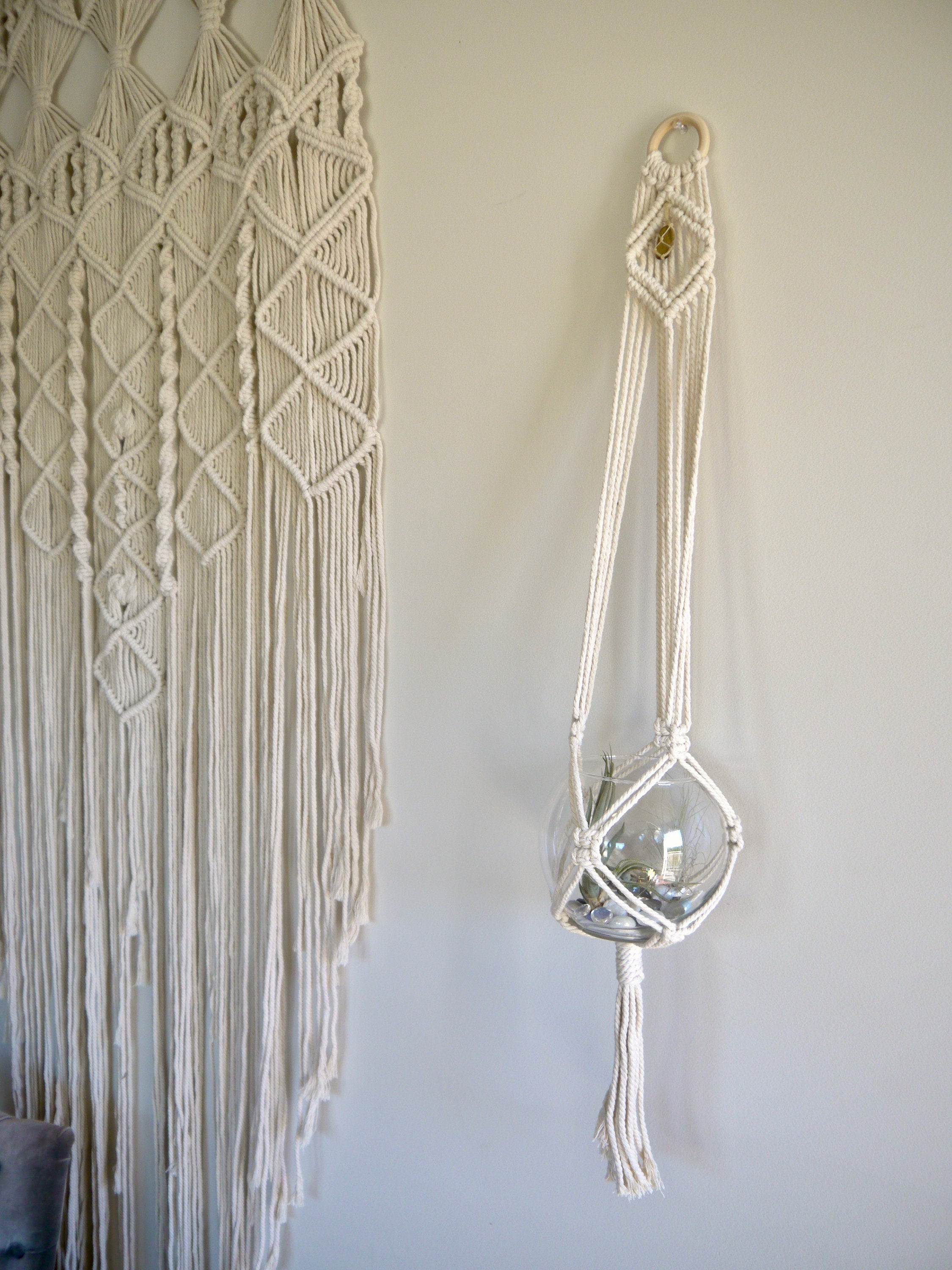 Harmonious Vibrations Single Macramé Hanger