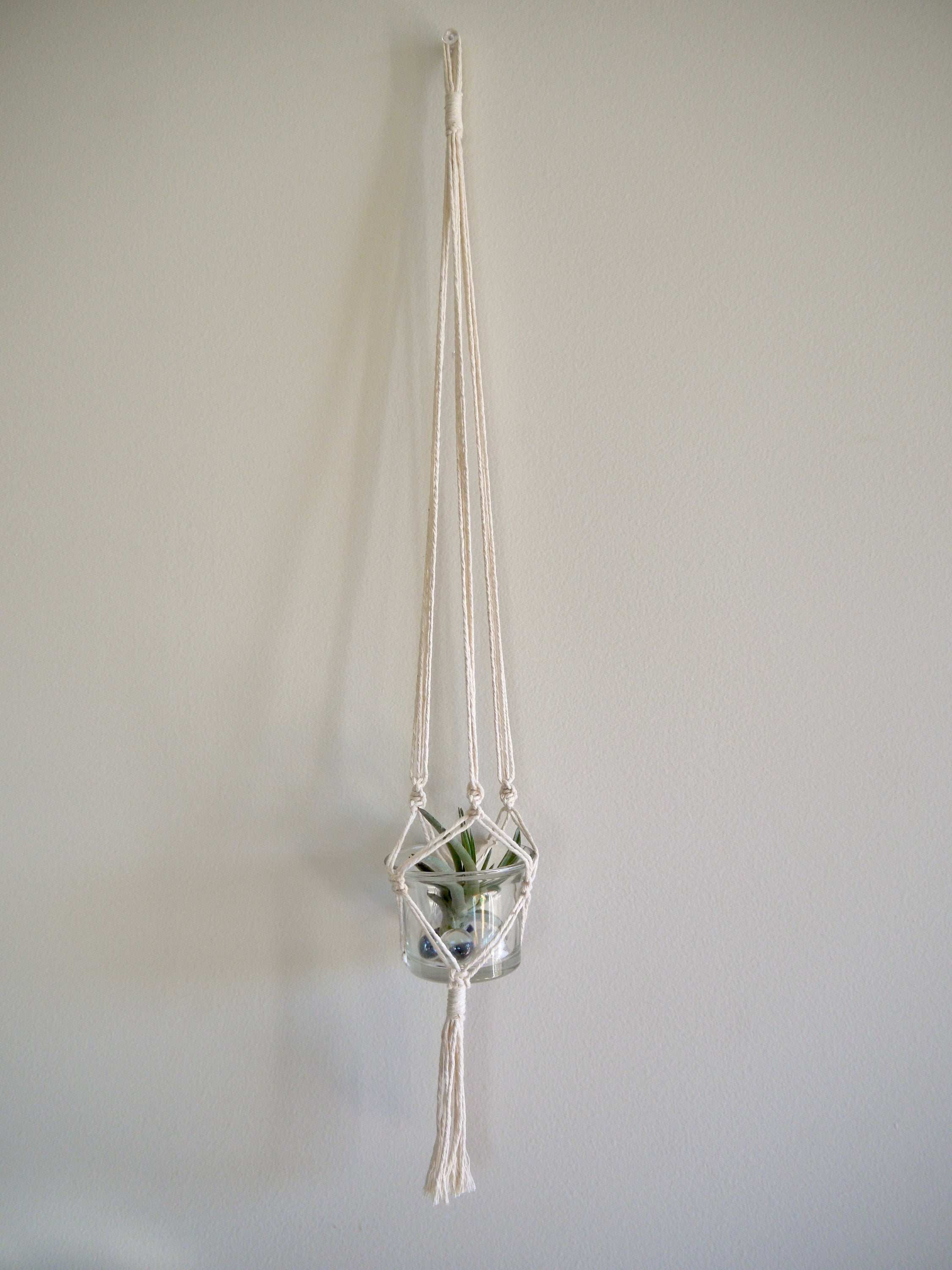 Classic Mini Single Macramé Hanger