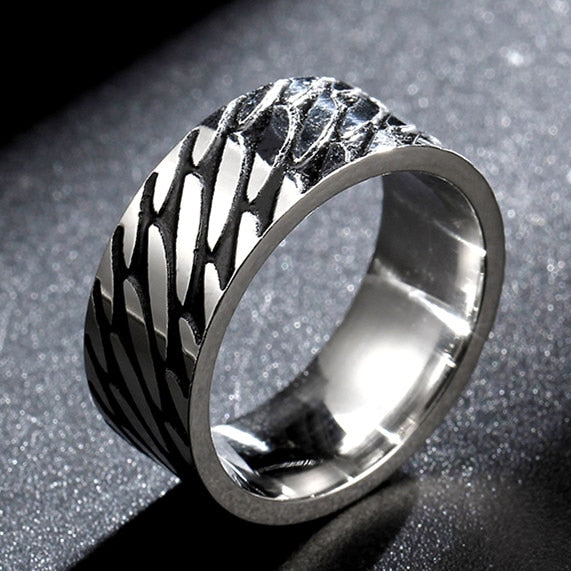 Titanium alloy ring black and silver woven pattern (unisex) 8mm wide.