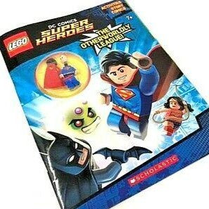 Lego DC Super Heroes: Activity Book with Superman Minifigure