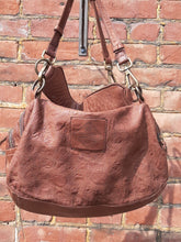 Load image into Gallery viewer, Kompanero Leather Hand Bag - Lenee