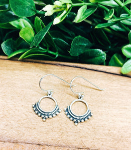 Sterling Silver: Round Dot Earrings