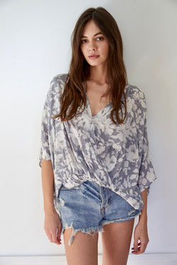 overlapped blouse