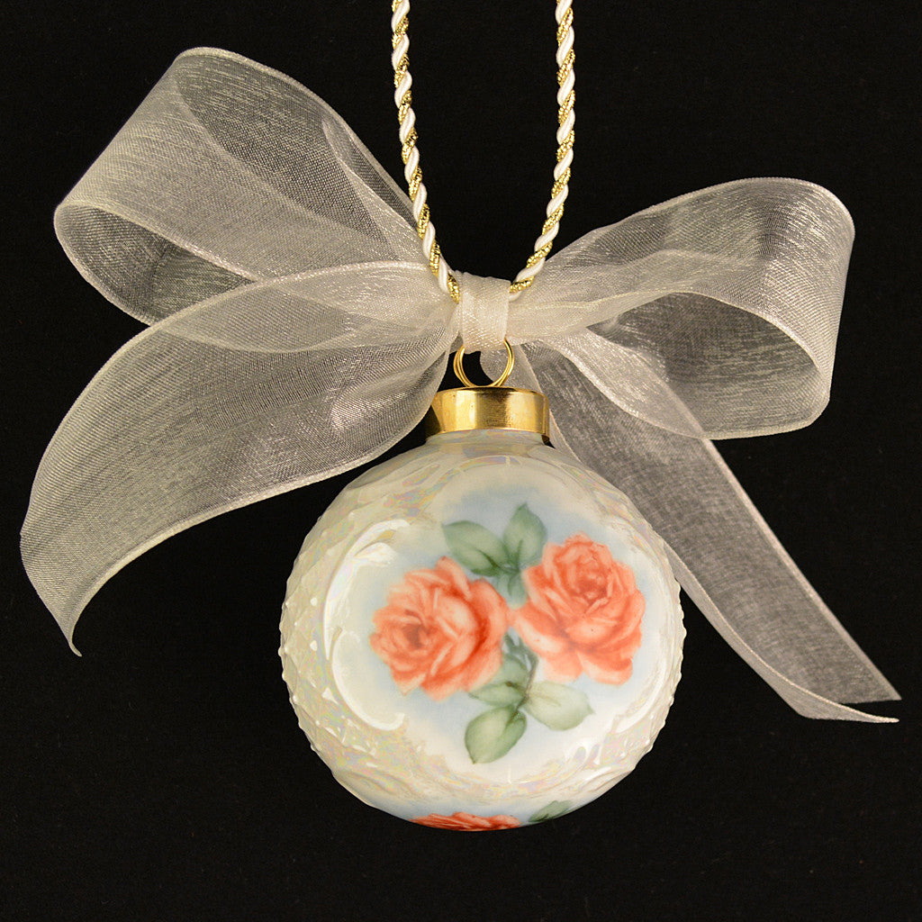 Rose christmas ornament -  Porcelain Victorian Christmas Ornament Romantic Red Roses Hand Painted Artistic Romantic 4