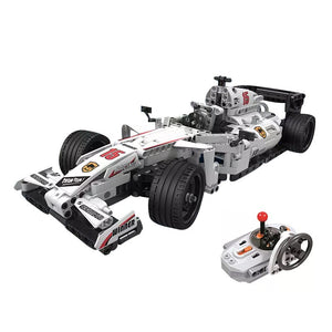 729pcs MOC 2.4GHZ Remote Control Racing Car (With Motors)