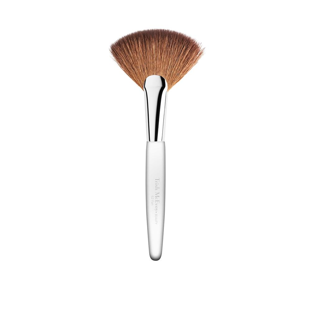 Trish Mcevoy Brush 62 Fan Brush