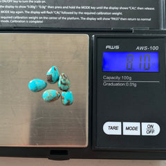 Carico turquoise cabochons