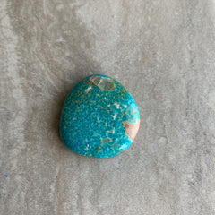 Compass turquoise cabochon