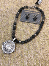 Load image into Gallery viewer, Slate Mix Du Terre Medallion w/Hematite