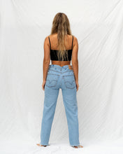 Load image into Gallery viewer, VTG LEVIS – 550 SIZE 32 #32