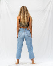 Load image into Gallery viewer, VTG LEVIS – 501 SIZE 30 #24