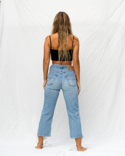 Load image into Gallery viewer, VTG LEVIS – 501 SIZE 30 #27