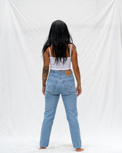 Load image into Gallery viewer, VTG LEVIS – 505 SIZE 28 #19