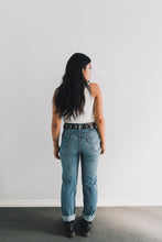 Load image into Gallery viewer, VINTAGE LEVI'S – 501 size 31 #069w