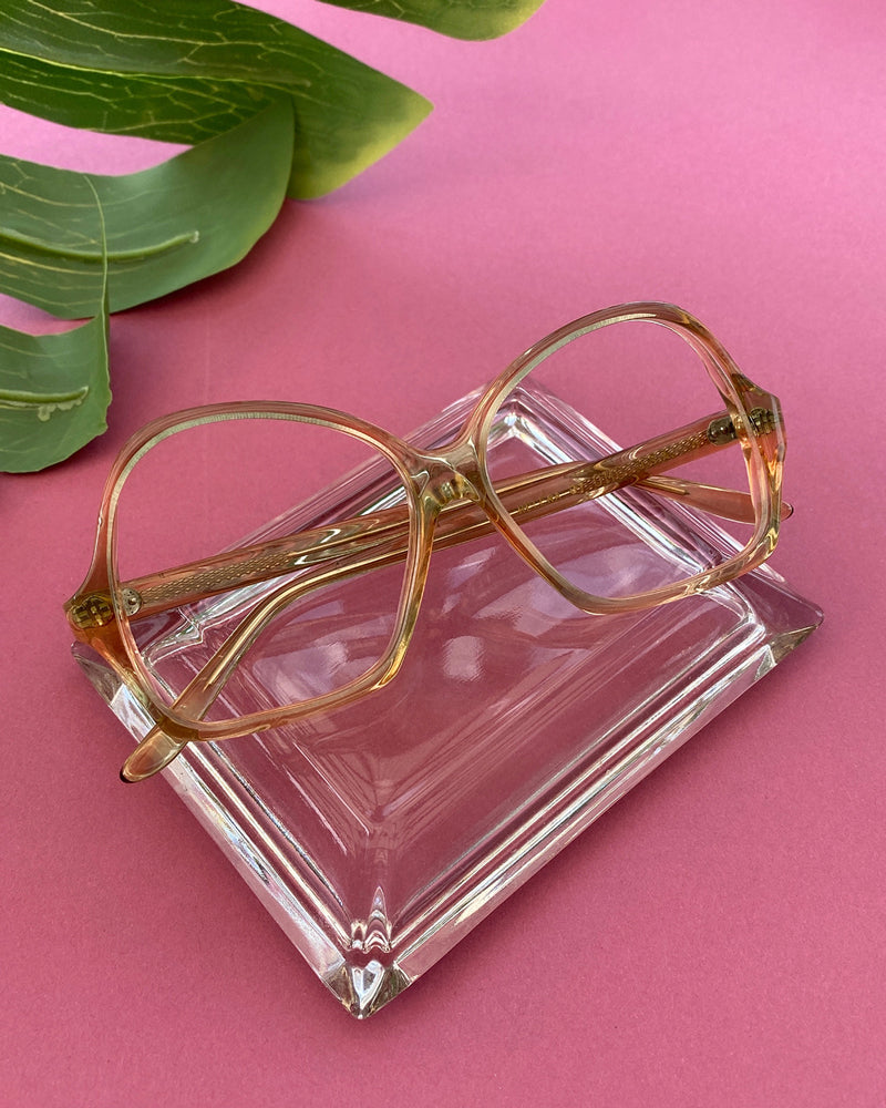 60s Peach Gradient Glasses
