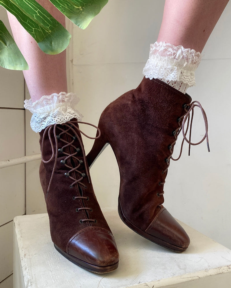 90s Lace Up Brown Boots