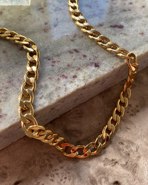80s Gold Curb Chain Necklace