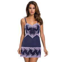Load image into Gallery viewer, Wacoal Embrace Lace Chemise 814191