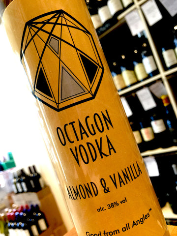Octagon Vodka Almond & Vanilla 50cl