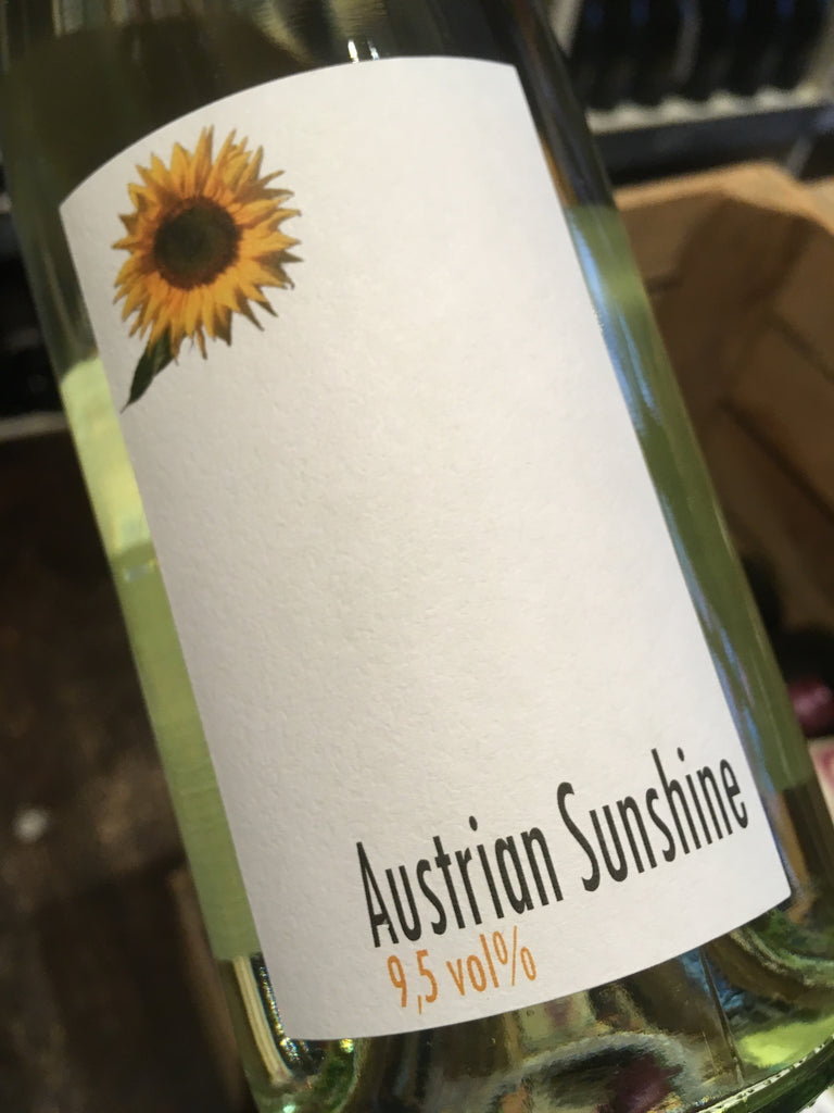 Weingut R&A Pfaffl The Dot Austrian Sunshine 2018 75cl