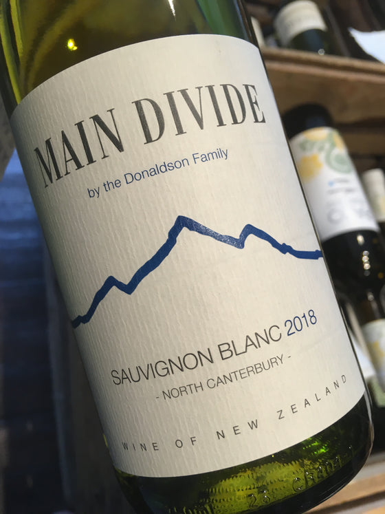 Main Divide Sauvignon Blanc 2018 75cl