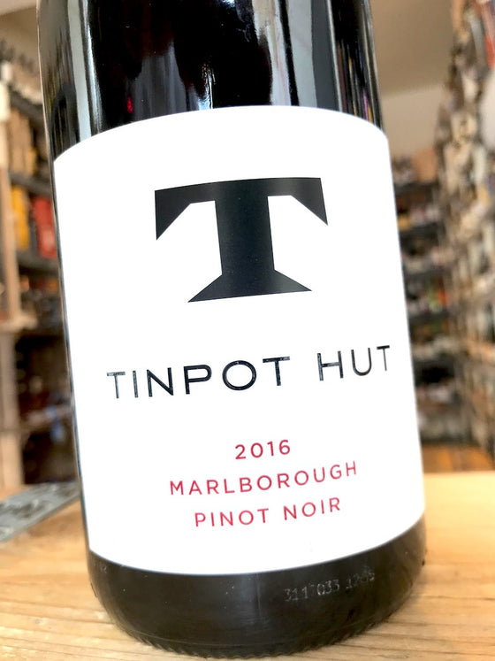Tin Pot Hut Pinot Noir 2016 75cl
