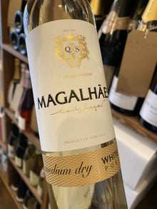 Quinta do Silval Magalhaes Medium Dry White Port 50cl