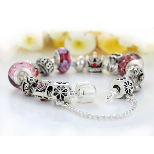 RED QUEEN Charms Bracelet (SPECIAL OFFER 70% OFF)
