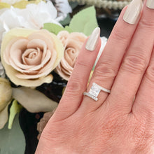 Load image into Gallery viewer, Elegant Princess Cut Clear CZ Ring