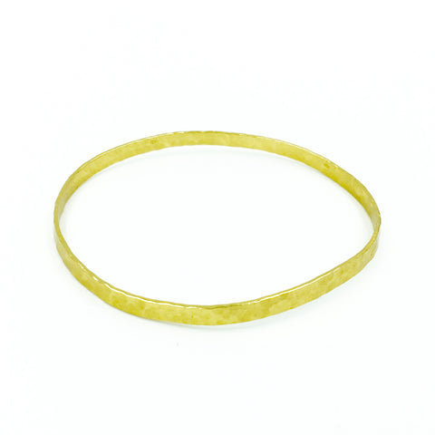 YELLOW GOLD HAMMERED BAND BANGLE