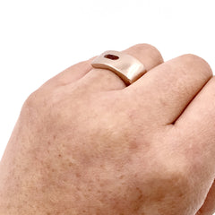 ROSE GOLD CAST FACETED SQUARE RING