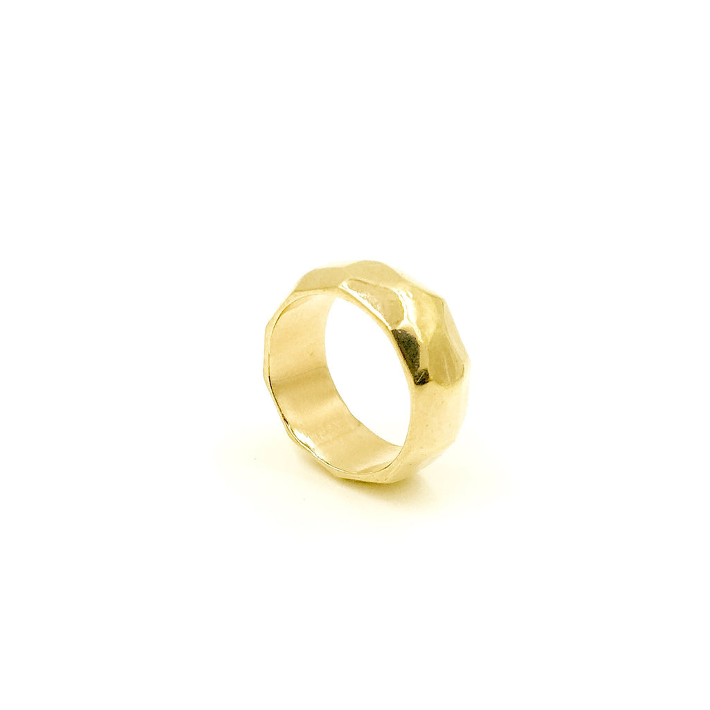 YELLOW GOLD CAST FACETED RING