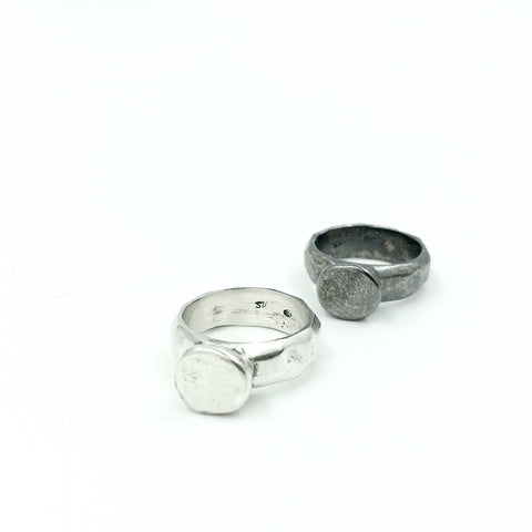 CAST FACETED SOLITARE RING