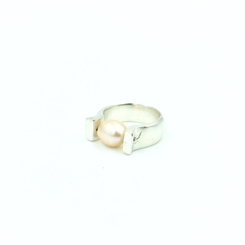 PEARL SUSPENSION RING