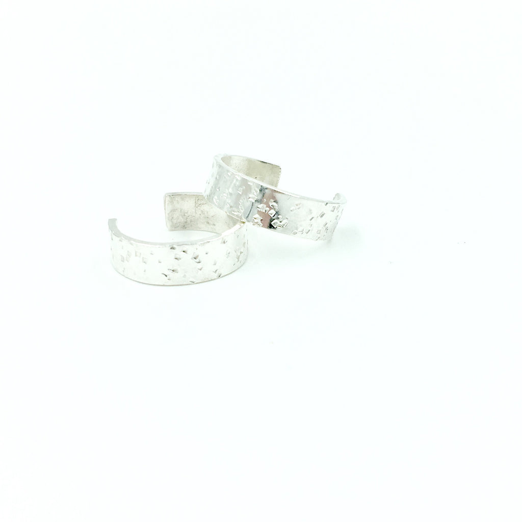 SPECKLED CUFF RING
