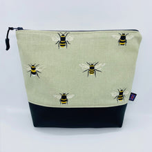 Load image into Gallery viewer, Bees Bag