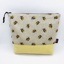 Load image into Gallery viewer, Bumblebees Bag