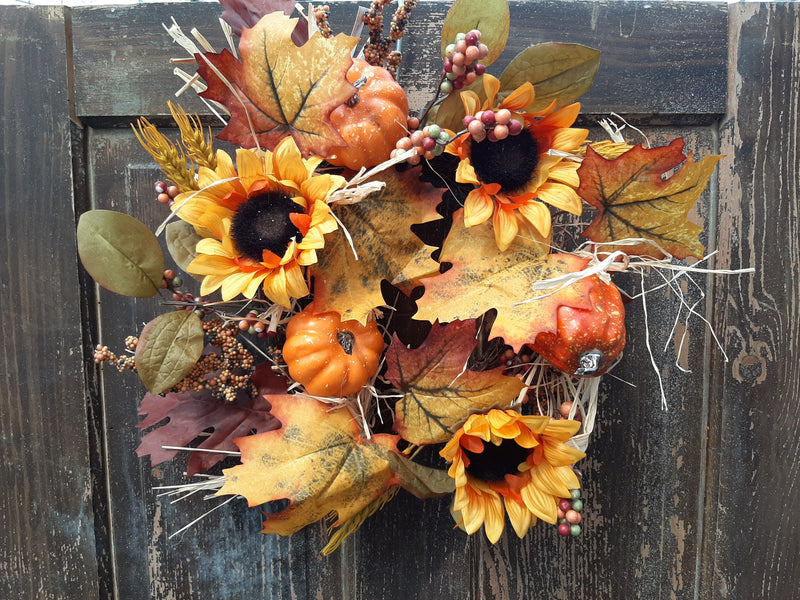 "7"" Wheat/Sunflower Accent Wreath"