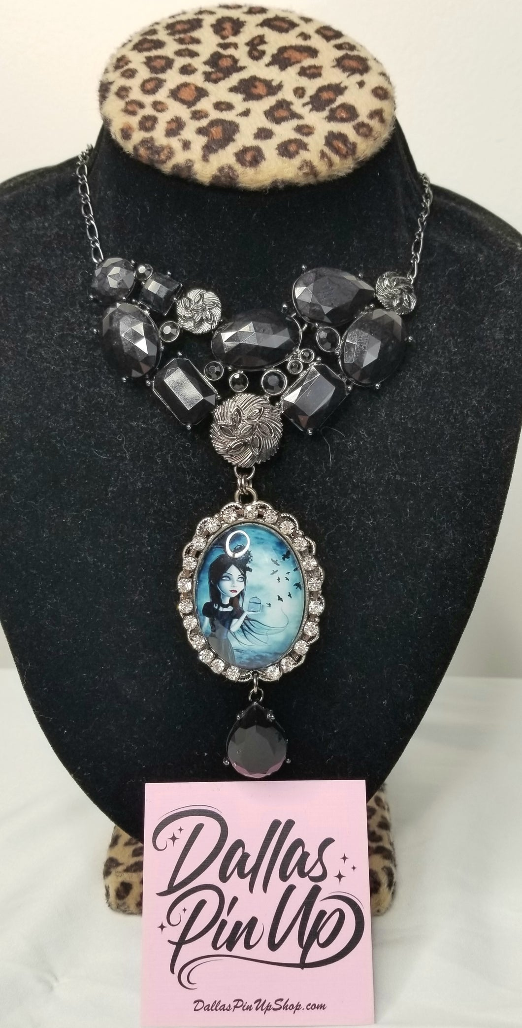 Savannah Hoffman goth girl necklace
