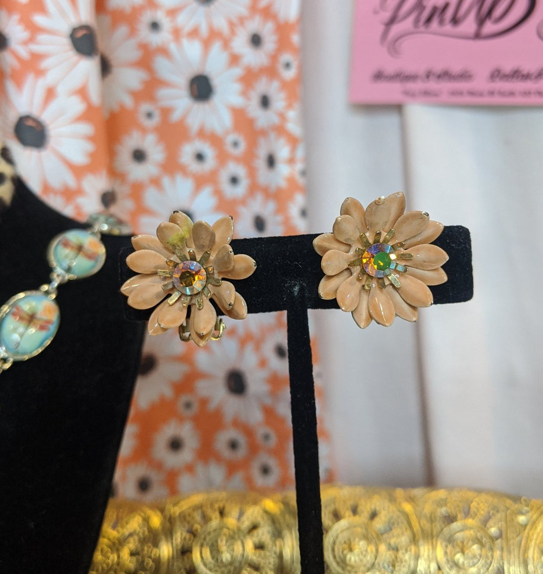 True vintage peach dahlia clip-on earrings with AB rhinestone center.