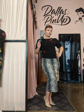 Load image into Gallery viewer, Billie Jo Retro Long Pencil Skirt - Leopard